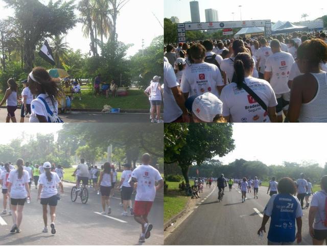 ciclistas no meio da Corrida e Caminhada contra o cancer de mama 2013
